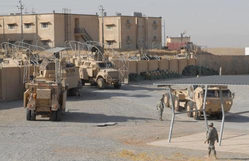 Американские военные моряки организовали сексбизнес в Бахрейне