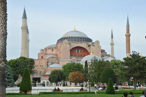 РПЦ осуждает намерение Турции превратить собор Святой Софии в мечеть