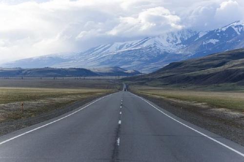 В Республике Алтай с 3 июля открываются турбазы и общепит