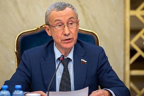Климов заявил о высоком уровне сознательности большинства россиян