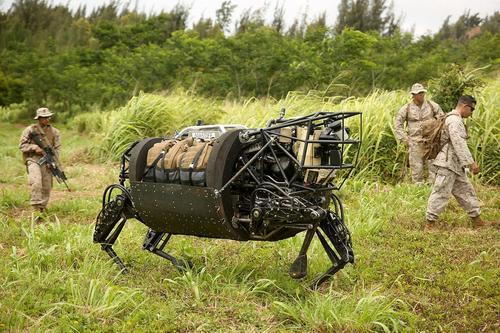 Роботы будут заменять людей на поле боя