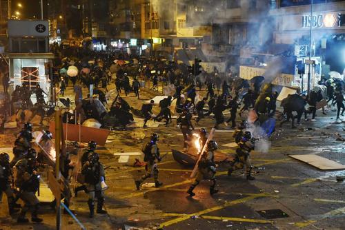 Конец свободы. Си Цзиньпин подписал указ о «порабощении» Гонконга