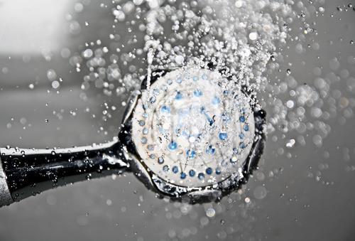 Врач назвала опасные последствия мытья в холодной воде