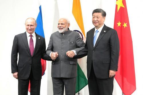 Помешает ли России вооруженный конфликт на границе Индии и Китая наладить отношения с этими странами?