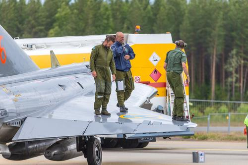 Финская армия тайно отказалась от свастики