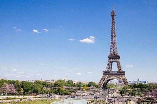 Премьер Франции рассказал об особенностях режима самоизоляции в случае второй волны COVID-19