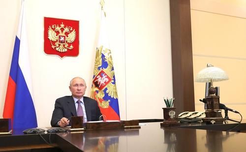 В России в ближайшие три года увеличатся расходы на медицину и образование