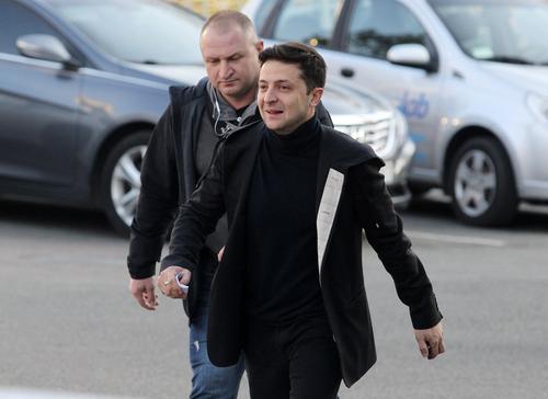 Озвучено предсказание «казахстанской Ванги» о бегстве Зеленского с Украины