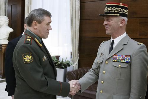 Начальник Генштаба ВС РФ провел переговоры со своим французским коллегой