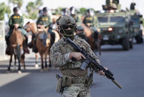 Федеральные власти США направили спецназ в Портленд