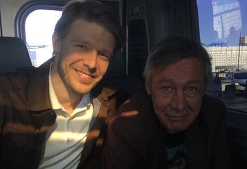 Подруга Ефремова призналась, что семья актера готовится к худшему