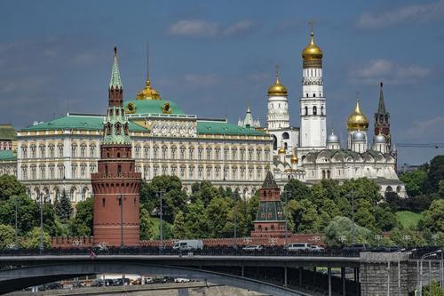 В катренах астролога Нострадамуса «нашли» новое пророчество о будущем России