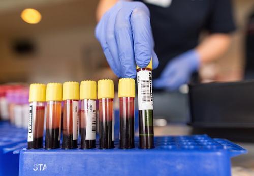 За сутки в России выписали 8 378 пациентов, заболевших ранее COVID-19