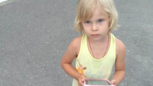 В Краснодарском крае пропала трехлетняя девочка
