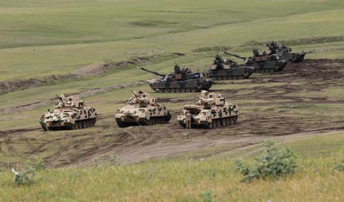 Армия США отработает тактику боевых действий близ российских границ