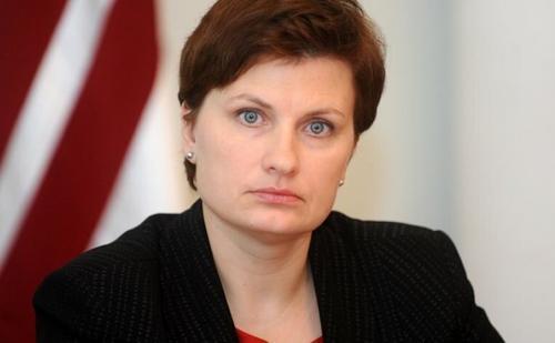 Латвия хочет пересмотреть выдачу виз гражданам РФ и Белоруссии из-за коронавируса