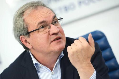 Фадеев считает, что общество не может выдержать ограничения больше трех месяцев