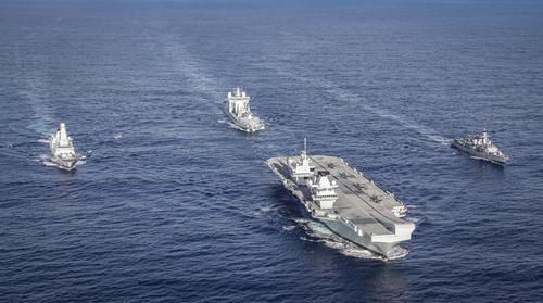 Британский авианосец «Королева Елизавета» направляется в Южно-Китайское море