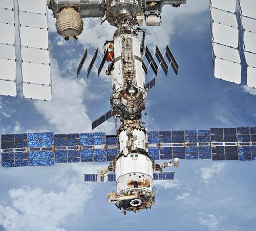 Рогозин рассказал о судьбе МКС после 2024 года