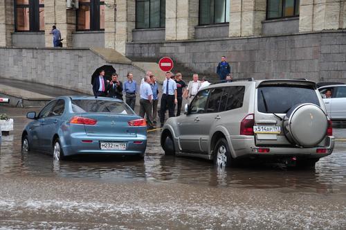 «Оранжевый» уровень погодной опасности объявлен в Москве