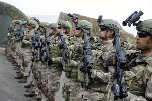 Азербайджан обнародовал видео атаки на уничтоженный полевой пункт армии Армении