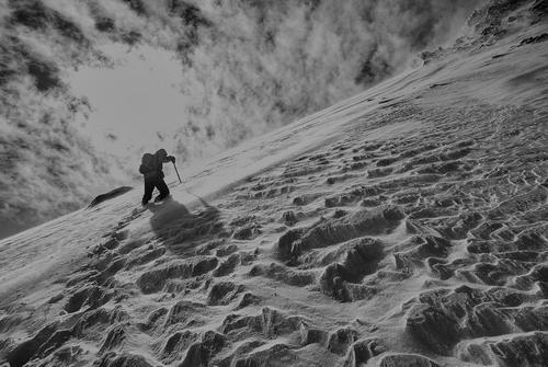 Два итальянских альпиниста погибли при спуске с Проклятой горы во Франции