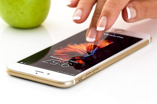 Как обезопасить мобильный банк от злоумышленников