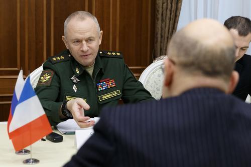 Генерал-полковник Фомин провел переговоры с представителями МО и МИД Франции