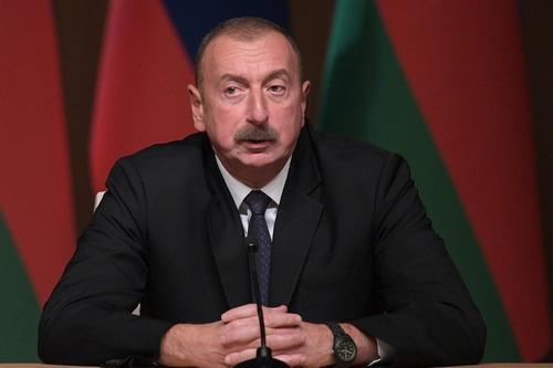 Алиев заявил, что «никому не советует опережать события в Азербайджане»