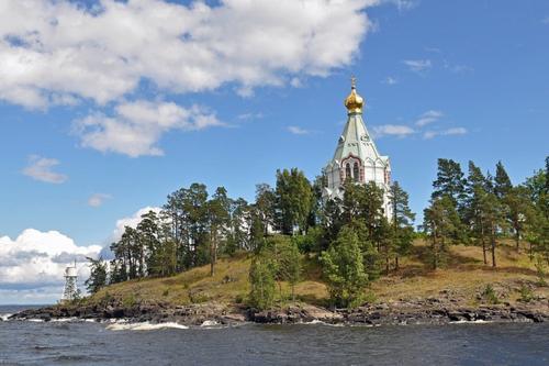 В Карелии для туристов открыли Валаамский архипелаг