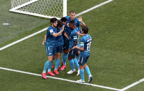 «Зенит» одержал победу над «Спартаком» 2:1 и вышел в финал Кубка России