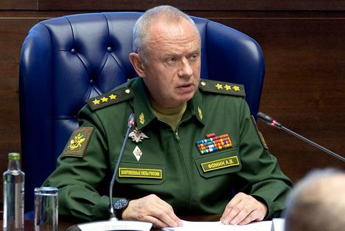 Генерал-полковник Фомин рассказал военным атташе о ходе внезапных проверок ВС РФ