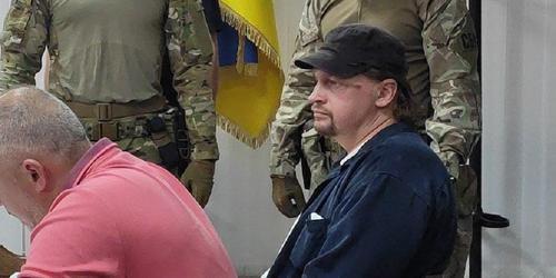 Захвативший заложников в Луцке пообещал «продолжения перформанса»