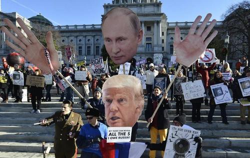 Бывший агент ФБР публикует книгу, которая муссирует вопрос:  является ли Дональд Трамп агентом Москвы?