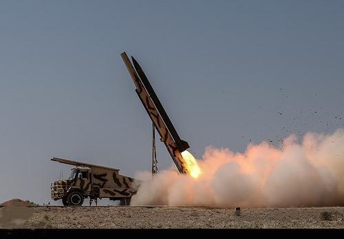 Иран выпустил три баллистические ракеты в направлении двух ближневосточных баз США