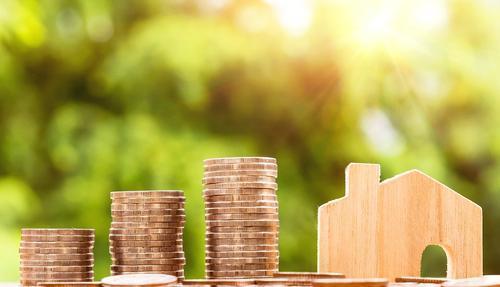Источники узнали о решении властей снизить первый взнос для льготной ипотеки до 15%