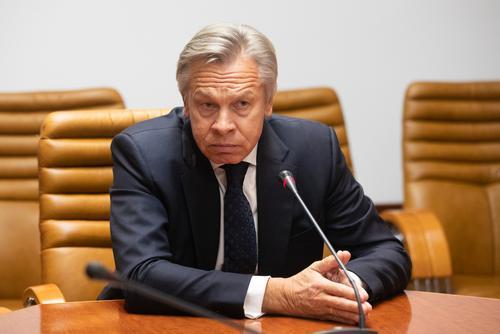 Пушков оценил требование первого президента Украины отдать Киеву 300 млрд долларов