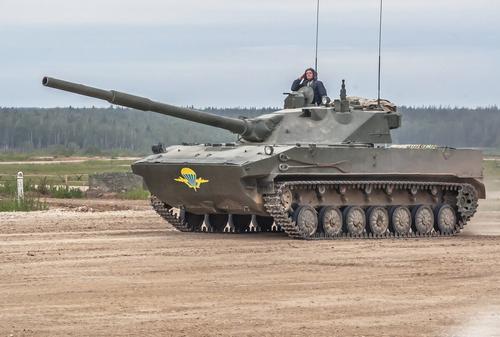 В Индии и Польше высоко оценили российскую самоходную артиллерийскую противотанковую установку «Спрут-СДМ1»