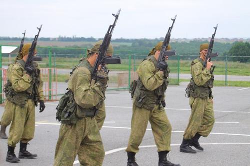 На Украине намерены отказаться от автомата Калашникова