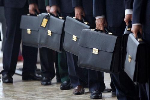 Хитрая лазейка или как дети чиновников попадают в престижные ВУЗы вне конкурса и за счет бюджета