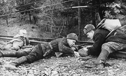 В этот день в 1943 году партизаны начали операцию «Рельсовая война»