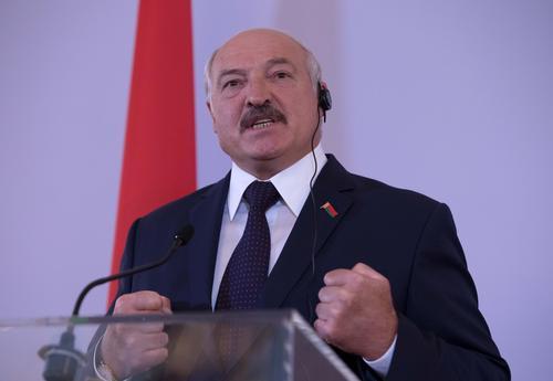 Лукашенко призвал не слушать «вранье» России о задержании своих граждан