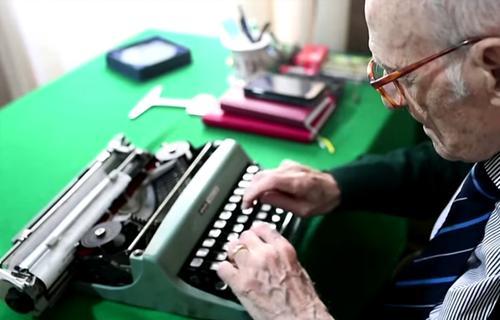 В Италии ветеран второй мировой стал старейшим выпускником университета
