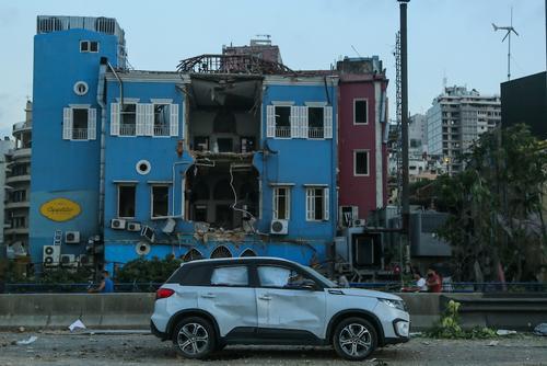 Жительницы Бейрута рассказали о происходящем в городе после мощного взрыва