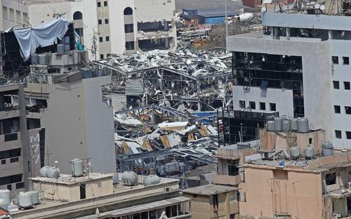 Названы три возможные причины взрыва в Бейруте