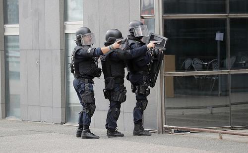 Во французском Гавре в банке захвачены заложники