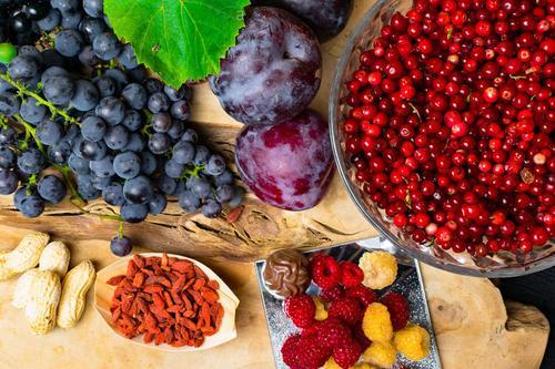 Учёные определили перечень продуктов, облегчающих лечение коронавируса