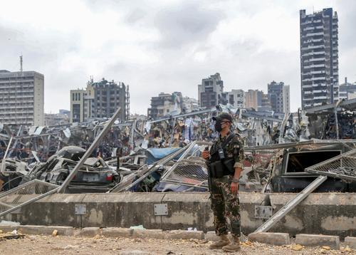 Россиянка раскрыла подробности взрыва в  Бейруте: «Стекла впиваются мне прямо в спину»