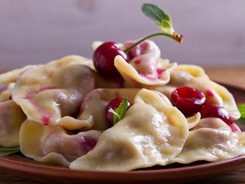 Предпочтения в еде: что любят готовить латвийские знаменитости