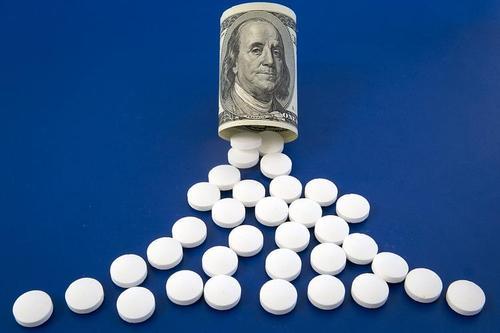 Мишустин подписал распоряжение о снятии ограничения на госзакупки импортных лекарств от лейкоза и лимфомы
